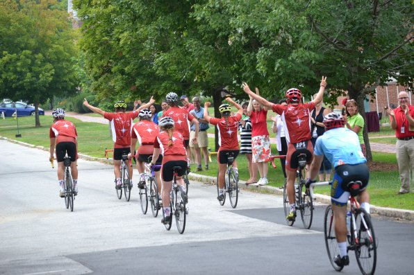 The SPS Cyclists got a hero's welcome upon their return to the St. Paul's campus last Monday.