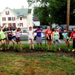 Seniors and teens team up for garden project