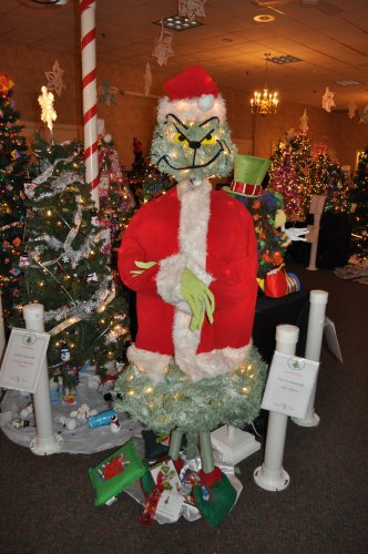 Pat Hilson tapped into her mischievous side with a tree-turned-Grinch.