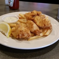 The Snob checks out Cat 'n Fiddle classics at Barous' Family Restaurant