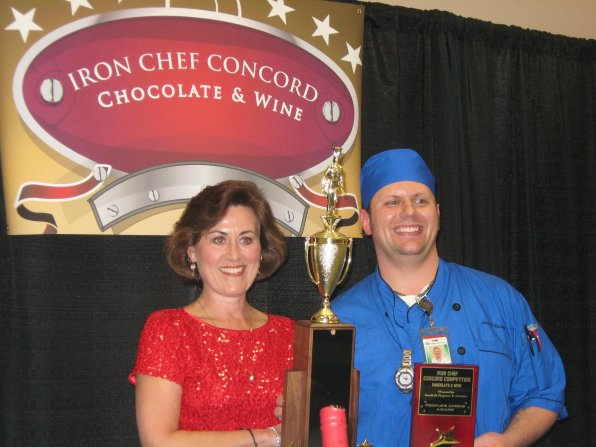 Executive Chef Jason Seavey of Havenwood-Heritage Heights was the winner of Concord's first Iron Chef Competition. GoodLife's Executive Director Vivien Green presented him with a trophy.