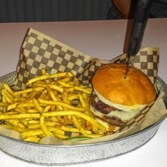 The Food Snob hits up Vibes Gourmet Burgers
