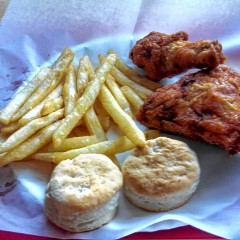 Food Snob: Taking the new WOW Fried Chicken for a spin
