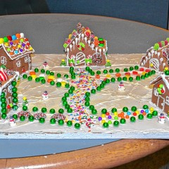 Want to make a tiny gingerbread house?
