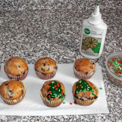 Go Try It: Make some nice Christmas muffins at home