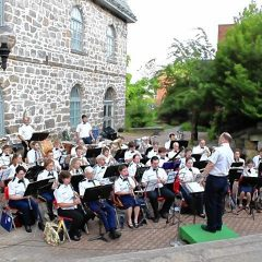 Entertainment: Outdoor concerts highlight a light Independence Day week
