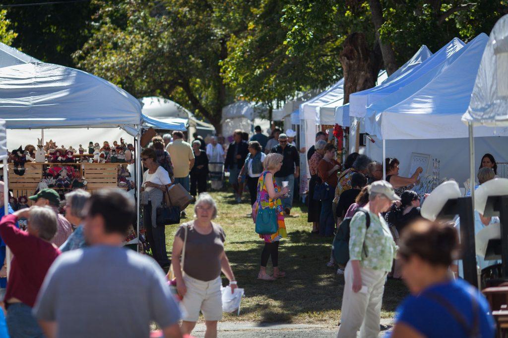 Visitors to the 2015 Old Deerfield fall craft fair peruse vendors' booths Sunday September 20. Recorder Staff/Matt Burkhartt Matt Burkhartt
