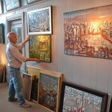 Longtime friends want to show off their art