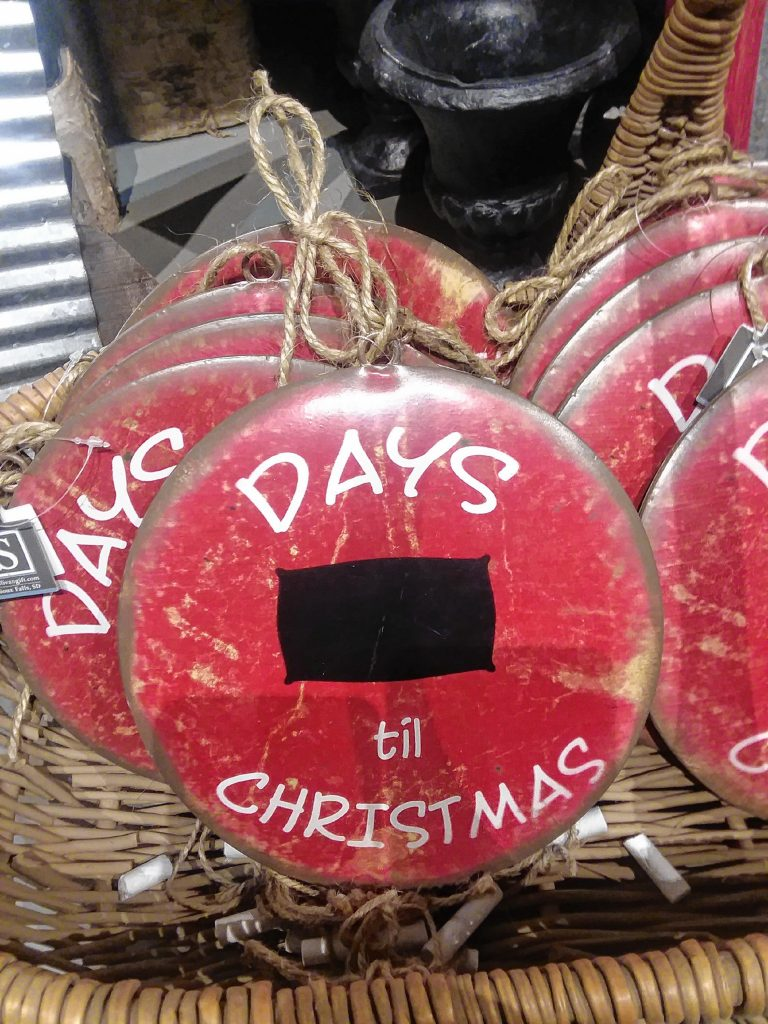 A chalkboard countdown to the big day is perfect for those Yankee swap participants who just can't get enough of the holiday season. TIM GOODWIN / Insider staff