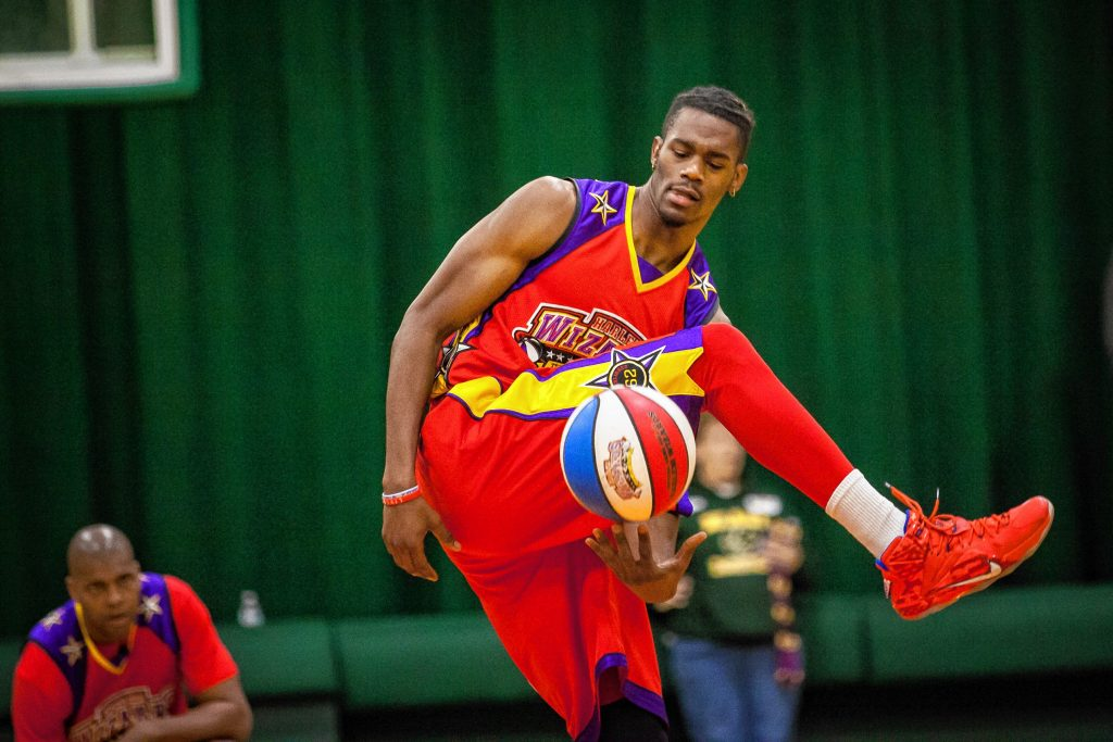 The Harlem Wizards took on Team Heart during a benefit basketball game at Bishop Brady High School on Wednesday, Jan. 25, 2017. The event raised money for the American Stroke Association through Tedy's Team, a group of Boston Marathon runners organized by stroke survivor and former New England Patriots linebacker Tedy Bruschi. Bruschi attended the event at Team Heart's honorary coach. (ELIZABETH FRANTZ / Monitor staff) Elizabeth Frantz
