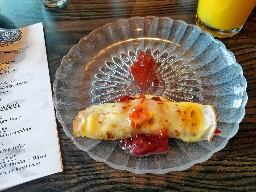 For a little after-breakfast sweet treat, we got a strawberry and banana crepe made fresh right in front of us at the crepe station at the Red Blazer. THE FOOD SNOB / Insider staff