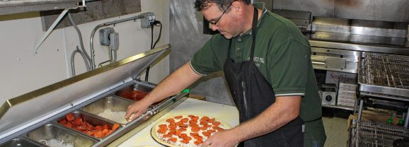 At Constantly Pizza, winner of the Pizza Pie Showdown, it's all about the customers