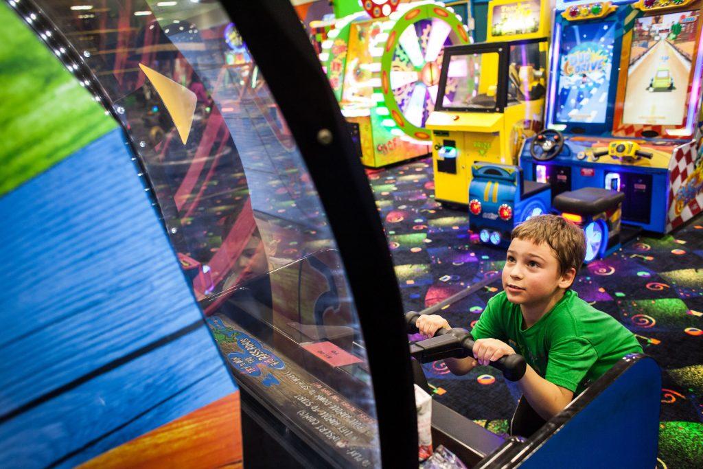 Jackson Abraham, 8, plays the Big Bass Wheel at Krazy Kids Indoor Play & Party Center in Pembroke on Friday, Dec. 29, 2017. (ELIZABETH FRANTZ / Monitor staff) Elizabeth Frantz