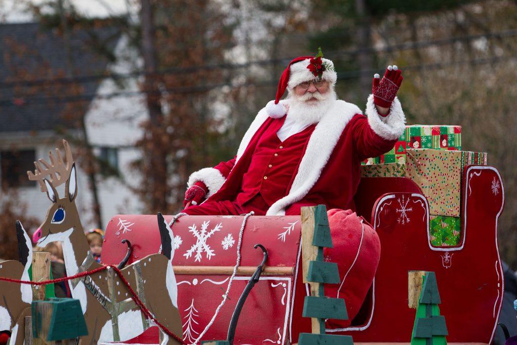 Santa makes an appearance during the annual Christmas Parade in Concord on Saturday, Nov. 18, 2017. (ELIZABETH FRANTZ / Monitor staff) Elizabeth Frantz