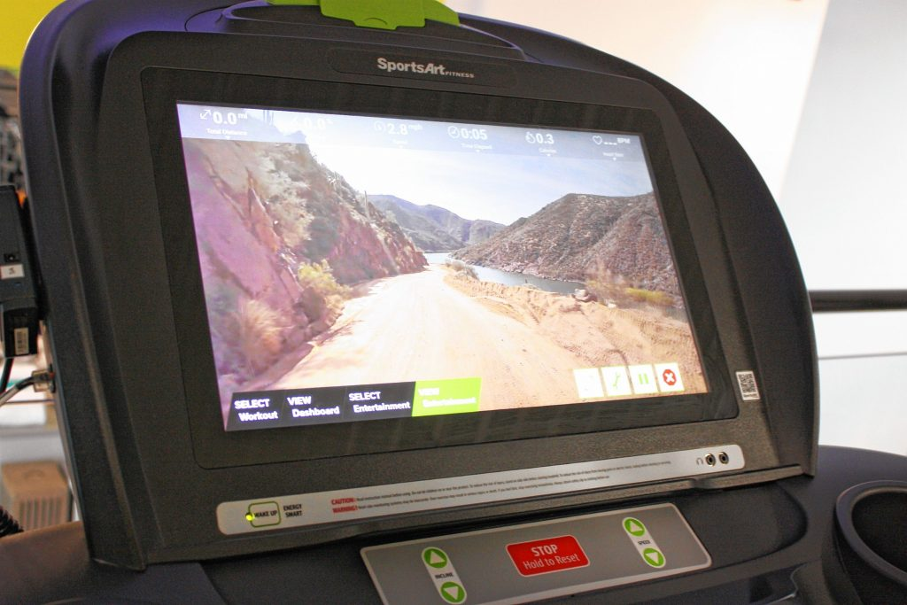 43 Degrees North has treadmills with video screens that allow you to simulate running across the Golden Gate Bridge, through a national park and other cool landscapes. JON BODELL / Insider staff