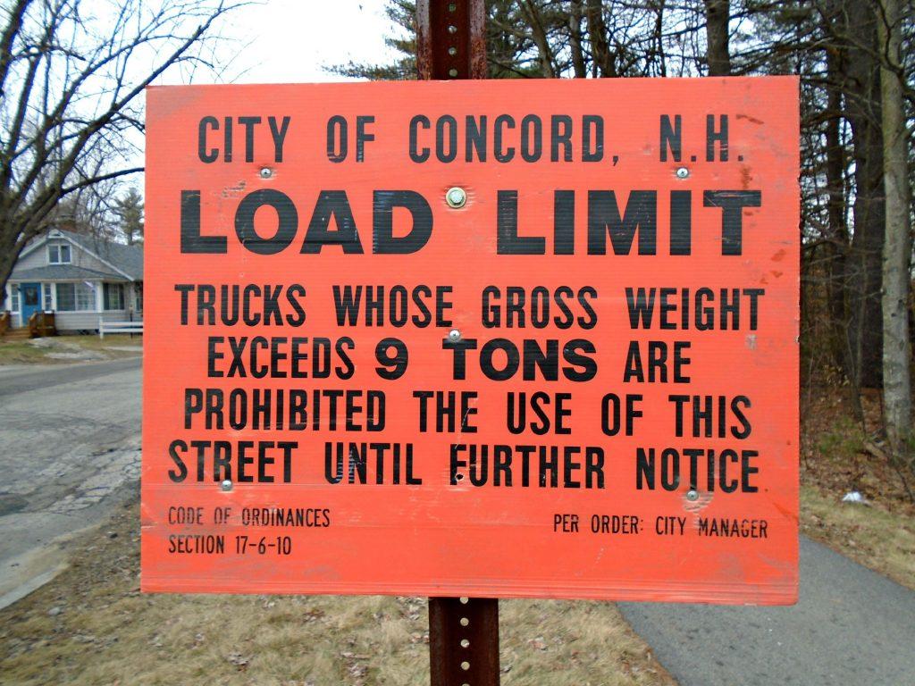 Load limit sign. Courtesy