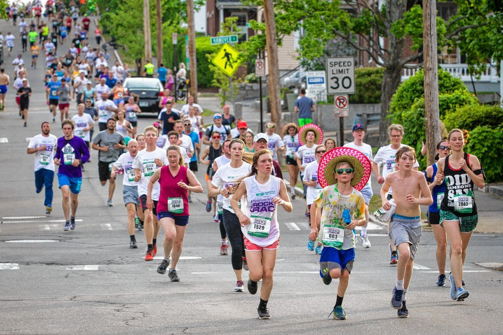 Thousands of runners and walkers took part in the annual Rock 'N Race 5K in downtown Concord on Thursday, May 17, 2018. ELIZABETH FRANTZ