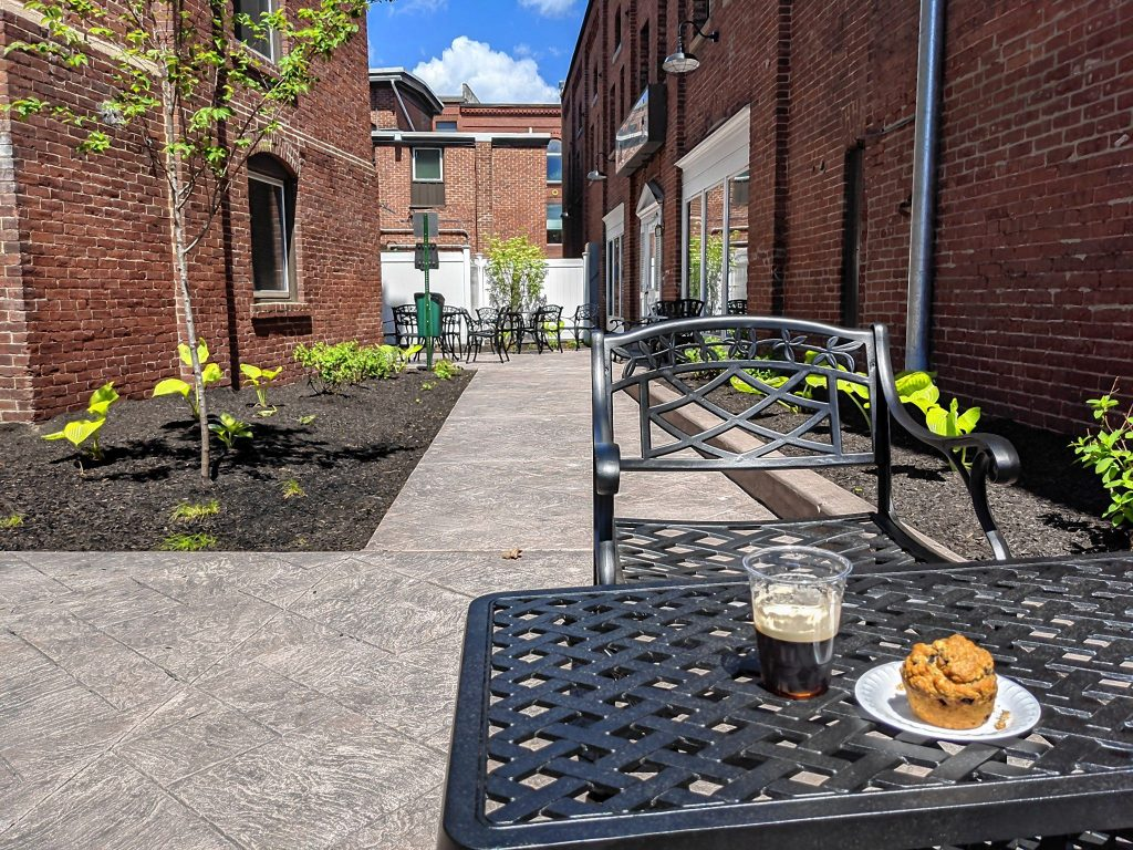 White Mountain Gourmet Coffee on Pleasant Street recently completed an indoor renovation and created an outdoor, dog-friendly patio area.