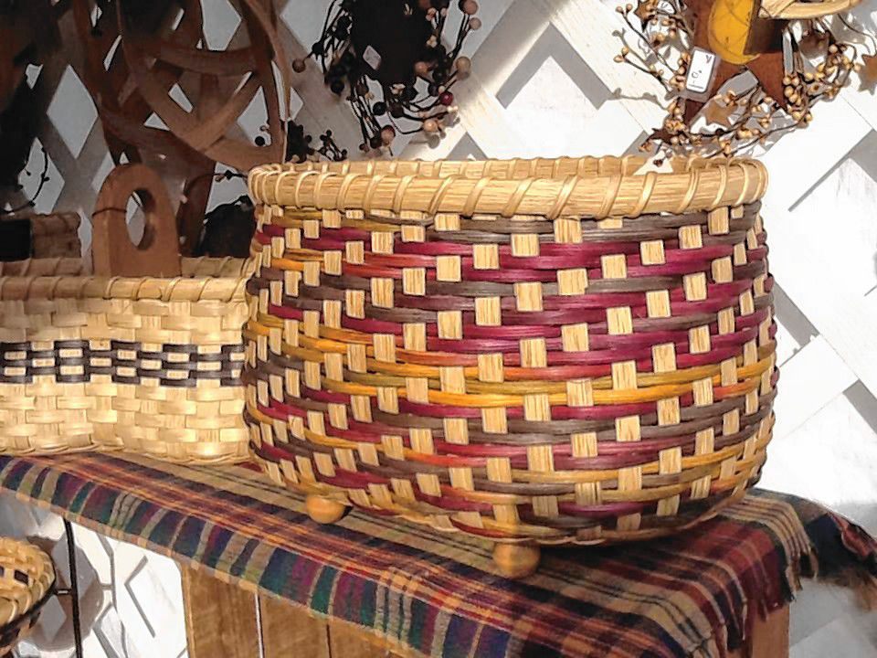 Shop a variety of handwoven baskets created by artisan Robin Hoyt.