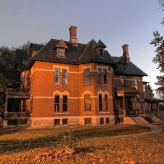 Poem: The  Mansion