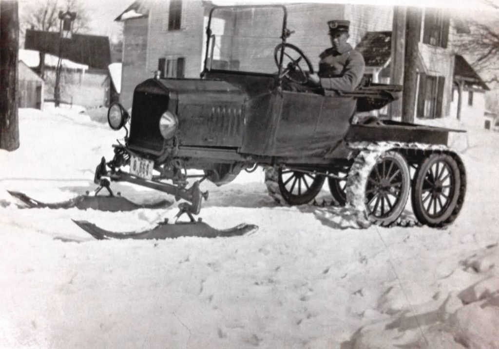 A Concord mail truck from the early 1900s.